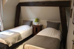 Chambre TWIN à l'hôtel HYPNOS à HESDIN.